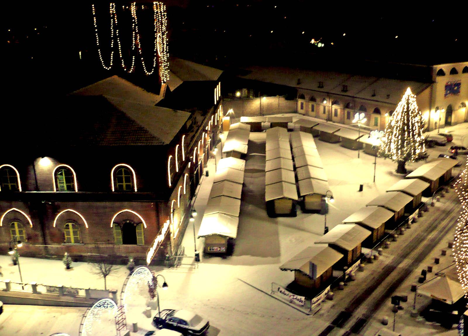 Il mercatino di natale di torino scopri porta palazzo for Borgo dora torino