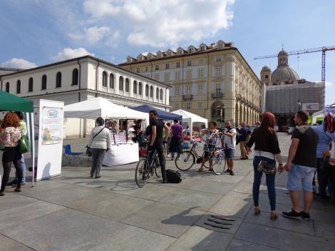 CReatosottocasa in piazza della Repubblica
